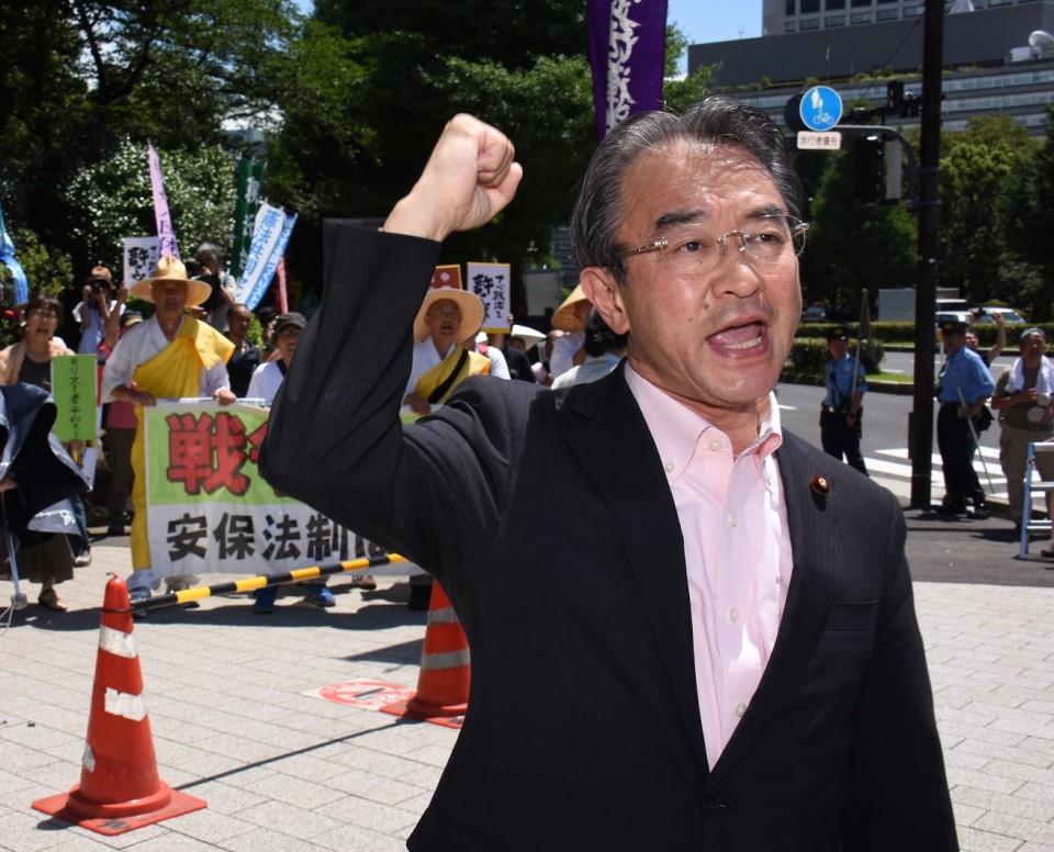 8.25 官邸前抗議行動